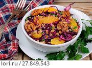Купить «Red coleslaw salad», фото № 27849543, снято 23 февраля 2020 г. (c) easy Fotostock / Фотобанк Лори