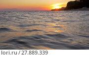 Купить «Waterscape with wavy sea at sunset», видеоролик № 27889339, снято 5 июня 2020 г. (c) Данил Руденко / Фотобанк Лори