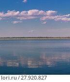 Купить «Relaxing water landscape with clouds reflections», фото № 27920827, снято 21 февраля 2018 г. (c) PantherMedia / Фотобанк Лори