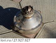Купить «Old kerosene lamp», фото № 27927927, снято 17 июня 2019 г. (c) PantherMedia / Фотобанк Лори