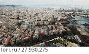 Купить «Aerial view of historical districts of Barcelona in cloudy day», видеоролик № 27930275, снято 16 января 2018 г. (c) Яков Филимонов / Фотобанк Лори