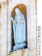 Купить «Mary Statue Rosary Bell Tower Angels Basilica of Lady of Rosary Fatima Portugal», фото № 27953835, снято 21 марта 2018 г. (c) PantherMedia / Фотобанк Лори