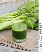 Купить «Fresh celery smoothie juice», фото № 27964927, снято 27 апреля 2018 г. (c) PantherMedia / Фотобанк Лори