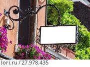 Купить «Classic style blank outdoor signage mockup», фото № 27978435, снято 19 сентября 2019 г. (c) PantherMedia / Фотобанк Лори