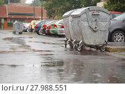 Купить «Garbage Containers Full, Overflowing», фото № 27988551, снято 21 августа 2018 г. (c) PantherMedia / Фотобанк Лори