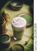 Купить «Matcha green tea latte», фото № 28038659, снято 20 сентября 2019 г. (c) PantherMedia / Фотобанк Лори