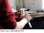 Купить «jeweler. jewelry tools,caliper», фото № 28043279, снято 21 мая 2018 г. (c) PantherMedia / Фотобанк Лори