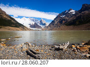 Купить «Lake at foot of Fitz Roy, Cerro Torre, Andes, Argentina», фото № 28060207, снято 1 февраля 2017 г. (c) Яков Филимонов / Фотобанк Лори