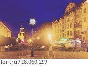Lighted Victoriei Square and Orthodox Cathedral, Timisoara (2017 год). Стоковое фото, фотограф Яков Филимонов / Фотобанк Лори