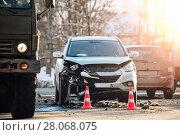 Купить «car accident at shallow depth of field», фото № 28068075, снято 23 февраля 2018 г. (c) Дмитрий Бачтуб / Фотобанк Лори