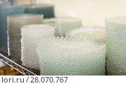 Купить «dish for table appointment in the tableware store», фото № 28070767, снято 29 ноября 2017 г. (c) Яков Филимонов / Фотобанк Лори