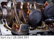 Open metal petrol engine. Стоковое фото, фотограф Юрий Бизгаймер / Фотобанк Лори