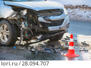 Купить «car accident at shallow depth of field», фото № 28094707, снято 23 февраля 2018 г. (c) Дмитрий Бачтуб / Фотобанк Лори