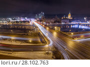 Bridge of Bogdan Khmelnitsky on Moskva river in winter evening in Moscow, Russia (2016 год). Стоковое фото, фотограф Losevsky Pavel / Фотобанк Лори