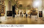 Купить «Exposition in the Hungarian National Gallery (MNG), in the Buda Fortress. Budapest, Hungary», видеоролик № 28112931, снято 29 октября 2017 г. (c) Яков Филимонов / Фотобанк Лори