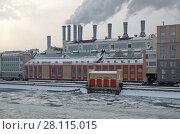 Купить «ГЭС-1 им. П. Г. Смидовича (Государственная электрическая станция № 1). Москва, Раушская набережная, 10», эксклюзивное фото № 28115015, снято 8 февраля 2018 г. (c) Елена Коромыслова / Фотобанк Лори