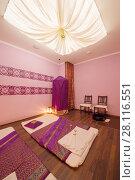 Купить «Empty pink cozy room with mats for thai massage and canopy top», фото № 28116551, снято 12 декабря 2016 г. (c) Losevsky Pavel / Фотобанк Лори