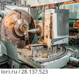 Купить «Lathe machine», фото № 28137523, снято 17 февраля 2019 г. (c) easy Fotostock / Фотобанк Лори