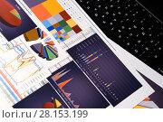 Купить «Графики, диаграммы и таблицы. Бизнес-натюрморт», эксклюзивное фото № 28153199, снято 11 марта 2018 г. (c) Юрий Морозов / Фотобанк Лори