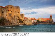 Купить «Medieval Royal castle in Collioure», фото № 28156611, снято 11 мая 2017 г. (c) Яков Филимонов / Фотобанк Лори