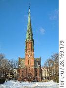 Церковь Святого Павла (Paulus Kirke) в районе Грюнерлокка в Осло, Норвегия (2011 год). Стоковое фото, фотограф Михаил Марковский / Фотобанк Лори