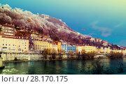 Купить «French Alps and Grenoble cable car in autumn, France», фото № 28170175, снято 7 декабря 2017 г. (c) Яков Филимонов / Фотобанк Лори