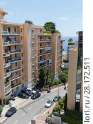Купить «View of apartment building and street of one of densely populated districts of Monaco», фото № 28172511, снято 3 августа 2016 г. (c) Losevsky Pavel / Фотобанк Лори
