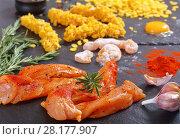 Купить «raw chicken breast strips on black stone plate», фото № 28177907, снято 1 марта 2018 г. (c) Oksana Zh / Фотобанк Лори