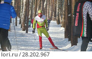Купить «KAZAN, RUSSIA - MARCH, 2018: The skier running on ski-track on cross-country skiing in sunny day», видеоролик № 28202967, снято 22 апреля 2018 г. (c) Константин Шишкин / Фотобанк Лори