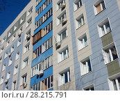 Девятиэтажный четырёхподъездный панельный жилой дом серии II-49Д, построен в 1973 году. Улица Куусинена, 4а корпус 4. Хорошевский район. Город Москва (2018 год). Редакционное фото, фотограф lana1501 / Фотобанк Лори