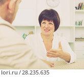 Купить «woman gets job and discusses with employer», фото № 28235635, снято 26 марта 2019 г. (c) Яков Филимонов / Фотобанк Лори