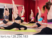 flexible girls practice yoga. Стоковое фото, фотограф Яков Филимонов / Фотобанк Лори