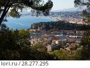 Купить «Nice cityscape with apartment buildings seaview», фото № 28277295, снято 3 декабря 2017 г. (c) Яков Филимонов / Фотобанк Лори