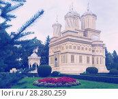 Купить «Cathedral in romanian city», фото № 28280259, снято 22 сентября 2017 г. (c) Яков Филимонов / Фотобанк Лори