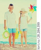 Купить «two kids toys beach», фото № 28284399, снято 20 февраля 2019 г. (c) Яков Филимонов / Фотобанк Лори