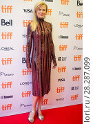 Купить «Actors attends a premiere for 'Lion' for the annual Toronto Film Festival (TIFF), in Toronto, Canada. Featuring: Nicole Kidman Where: Toronto, Canada When: 10 Sep 2016 Credit: Euan Cherry/WENN.com», фото № 28287099, снято 10 сентября 2016 г. (c) age Fotostock / Фотобанк Лори