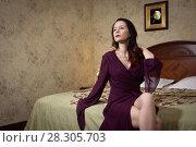 Купить «Sexual emotional attractive woman posing in a boudoir», фото № 28305703, снято 24 декабря 2017 г. (c) Дмитрий Черевко / Фотобанк Лори