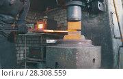 Купить «Automatic hammering - blacksmith forging red hot iron on anvil, extreme close-up», фото № 28308559, снято 17 июля 2018 г. (c) Константин Шишкин / Фотобанк Лори