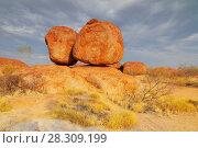 Купить «Devils Marbles National Park, Northern Territory, Australia», фото № 28309199, снято 7 декабря 2019 г. (c) BE&W Photo / Фотобанк Лори