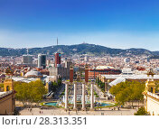 Купить «Вид на площадь Испании с горы Монжуик. Барселона, Каталония, Испания», фото № 28313351, снято 5 апреля 2018 г. (c) Наталья Волкова / Фотобанк Лори