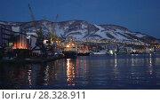 Купить «Петропавловск-Камчатский морской торговый порт», видеоролик № 28328911, снято 23 апреля 2018 г. (c) А. А. Пирагис / Фотобанк Лори
