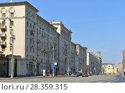 Купить «Tverskaya Street, known between 1935 and 1990 as Gorky Street, main radial street in Moscow», фото № 28359315, снято 30 апреля 2018 г. (c) Валерия Попова / Фотобанк Лори