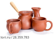 Купить «Clay dishes. Cups and a Turk on a white background», фото № 28359783, снято 31 марта 2015 г. (c) Евгений Ткачёв / Фотобанк Лори