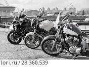 Купить «Мотоциклы, черно-белая фотография», фото № 28360539, снято 30 апреля 2018 г. (c) Кекяляйнен Андрей / Фотобанк Лори