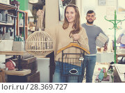 Купить «woman satisfied with purchases in furnishings store», фото № 28369727, снято 9 ноября 2017 г. (c) Яков Филимонов / Фотобанк Лори