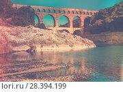 Купить «Pont du Gard, an ancient Roman bridge in southern France», фото № 28394199, снято 8 декабря 2017 г. (c) Яков Филимонов / Фотобанк Лори