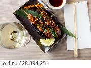 Купить «japanise grilled chicken barbecue», фото № 28394251, снято 15 ноября 2018 г. (c) Яков Филимонов / Фотобанк Лори