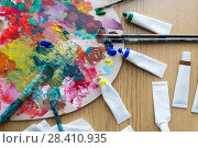 Купить «palette, brushes and paint tubes on table», фото № 28410935, снято 1 июня 2017 г. (c) Syda Productions / Фотобанк Лори