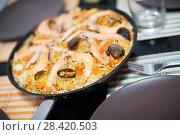 Купить «Seafood paella with mussels and shrimps», фото № 28420503, снято 23 января 2016 г. (c) Яков Филимонов / Фотобанк Лори