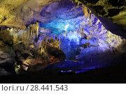 Купить «Пещера Кумистави (Прометея) внутри, Georgia, Imereti, Tskaltubo», эксклюзивное фото № 28441543, снято 22 июля 2017 г. (c) Алексей Гусев / Фотобанк Лори